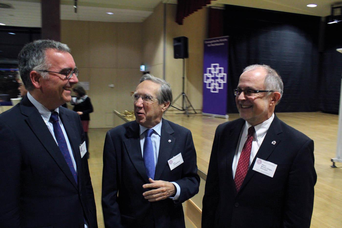 Dr. Sigurd Rink, Präses Peter Vollrath-Kühne und Dekan Michael Tönges-Braungart (v.l.n.r.)