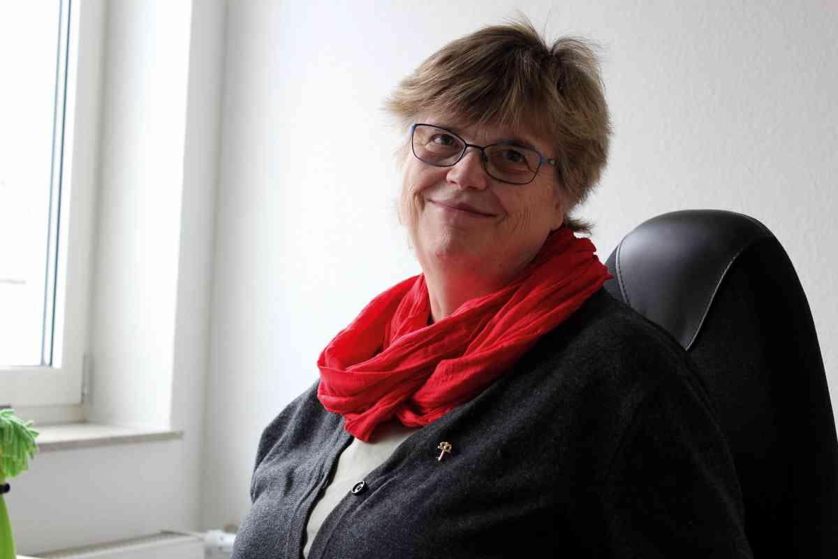 Foto (JM Meier): Helgard Kündiger mit Kronenkreuz